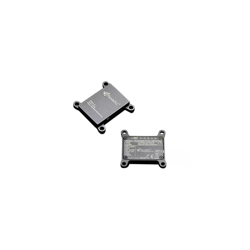 Niezwykle mocny i wytrzymały nadajnik wideo który dzięki metalowemu radiatorowi świetnie odprowadza ciepło utrzymując parametry.