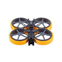 Dron cinewhoop do nagrywania filmów