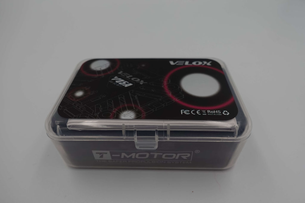 Pudełko w którym otrzymujemy ESC Velox V45A