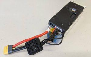 Bateria z kontrolerem podającym dane na temat jej parametrów